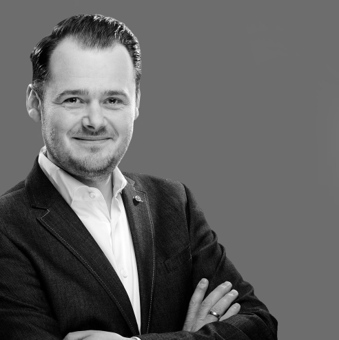 Marco Vierkant, Geschäftsführer